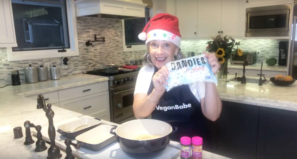 Silver Chic Chef Elysabeth Alfano making Vegan Rice Krispie Treats