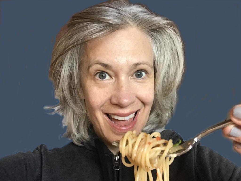 Elysabeth Alfano  eating spaghetti blue
